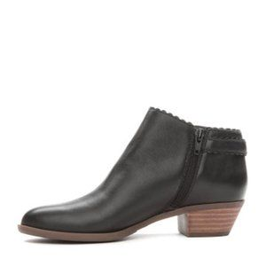 Crown & Ivy 10M Kaylen Ankle Booties Boots Leather